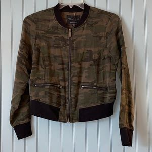 Camo Pilot Bomber Jacket small Sanctuary Linen